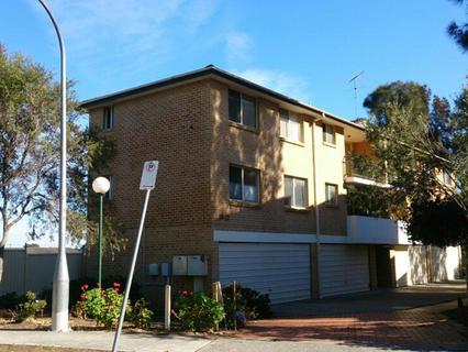 9/10-12 Kitchener Avenue, Regents Park NSW 2143-1