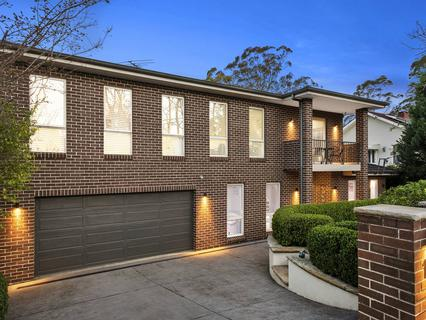 10 Bushlands Avenue, Hornsby Heights NSW 2077-1