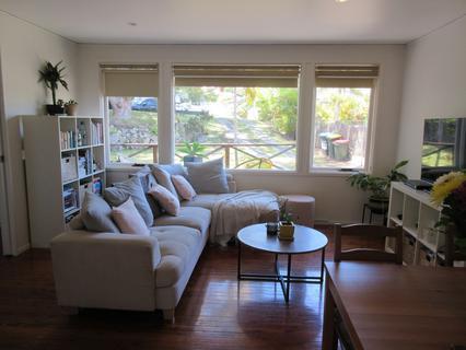 27 Derwent Street, Wheeler Heights NSW 2097-1