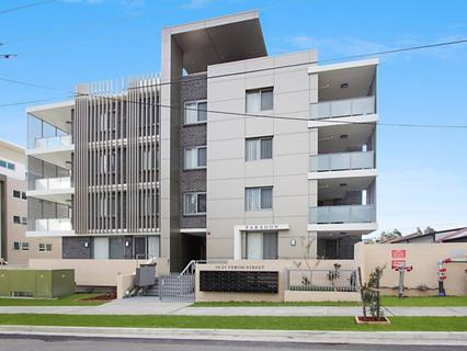 33/19-21 Veron Street, Wentworthville NSW 2145-1