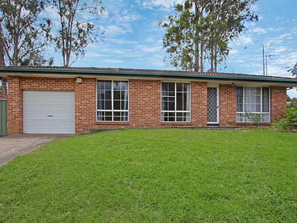 8 Tully Place, Quakers Hill NSW 2763-1
