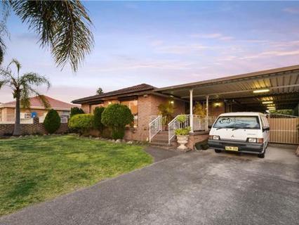 24 Lyell Street, Bossley Park NSW 2176-1