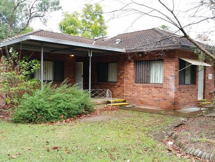 13 Weston Street, Fairfield NSW 2165-1