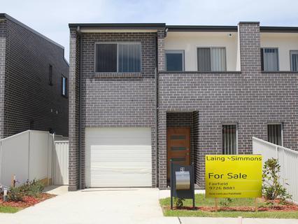 23 Little John Street, Middleton Grange NSW 2171-1