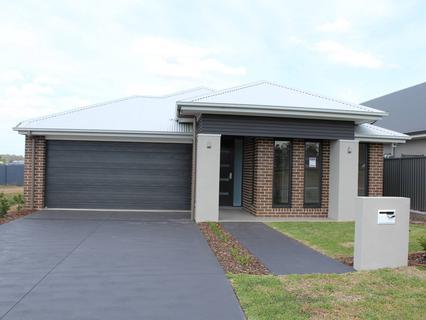 Lot 3024 Tonkin Way, Oran Park NSW 2570-1