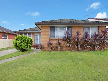 18 Glossop Street, North St Marys NSW 2760-1