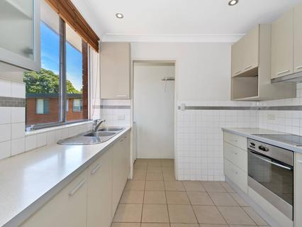 18/381 Mowbray Road, Chatswood NSW 2067-1