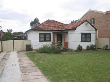 12 Milner Road, Guildford NSW 2161-1