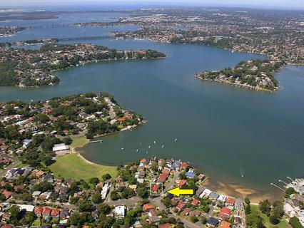 1A Wadsley Crescent, Connells Point NSW 2221-1