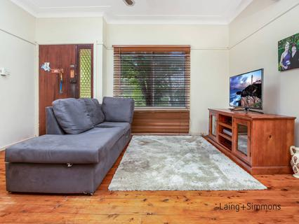 22 Macklin St, Pendle Hill NSW 2145-1