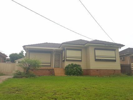 38 Gipps Street, Smithfield NSW 2164-1