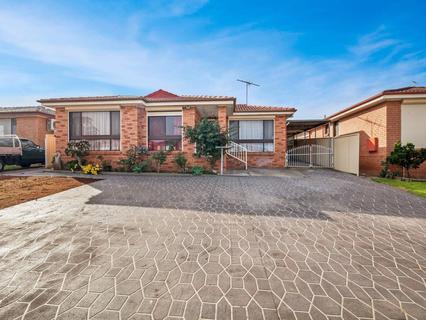 14 Janacek Place, Bonnyrigg Heights NSW 2177-1