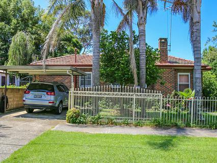 52 Vicliffe Avenue, Campsie NSW 2194-1