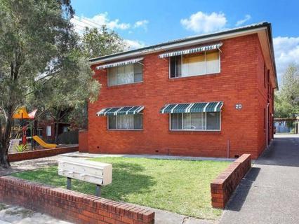2/20 Walker Street, Merrylands NSW 2160-1