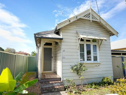 17 Gray Street, Granville NSW 2142-1
