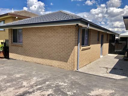 6A PHYLLIS RD, Mount Pritchard NSW 2170-1