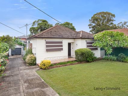 17 Bernard St, Westmead NSW 2145-1