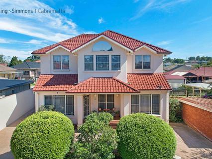 8 Lester St, Lurnea NSW 2170-1