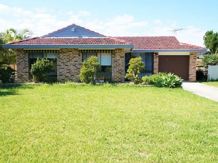 20 Lismore Close, Bossley Park NSW 2176-1