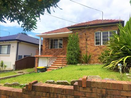 584 Homer Street, Kingsgrove NSW 2208-1