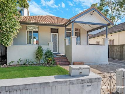 2 Victoria Street, Granville NSW 2142-1