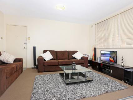 3/127 Evaline St, Campsie NSW 2194-1
