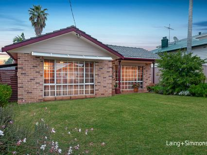 2 Nobbs Street, Granville NSW 2142-1