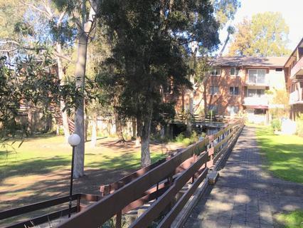 36/162 SANDAL CRES, Carramar NSW 2163-1