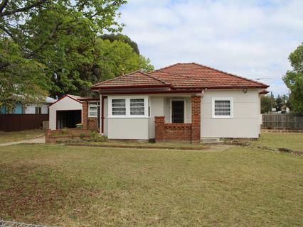 15- Adam Street, Fairfield NSW 2165-1