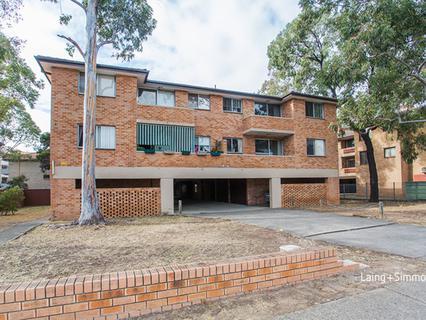 4/8-10 Cambridge Street, Merrylands NSW 2160-1