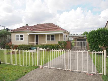 20 Richardson Street, Fairfield NSW 2165-1