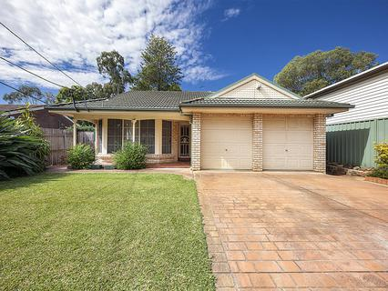 19 Ballandella Road, Toongabbie NSW 2146-1