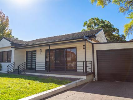 16 Dawes Avenue, Regents Park NSW 2143-1
