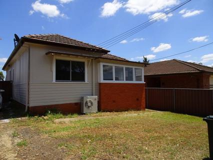 44 Market Street, Smithfield NSW 2164-1