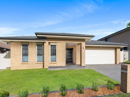 6 Bluey Street, Middleton Grange NSW 2171-1