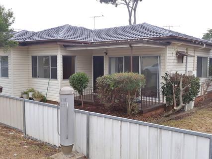 42 Hassall Street, Smithfield NSW 2164-1