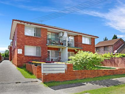 8/98 Victoria Rd, Punchbowl NSW 2196-1