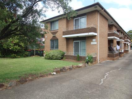 1/23 Military road, Merrylands NSW 2160-1