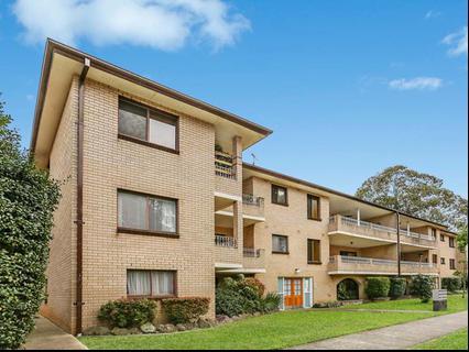 9 1 Shaftesbury Street Carlton NSW 2218-1