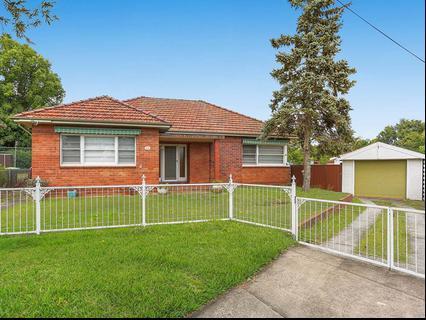 16 Nichols Avenue Beverly Hills NSW 2209-1
