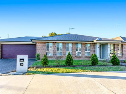 20 Marshall Ave, Ropes Crossing NSW 2760-1
