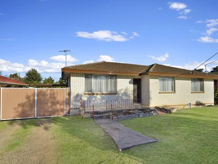 24 Jensen Street, Colyton NSW 2760-1