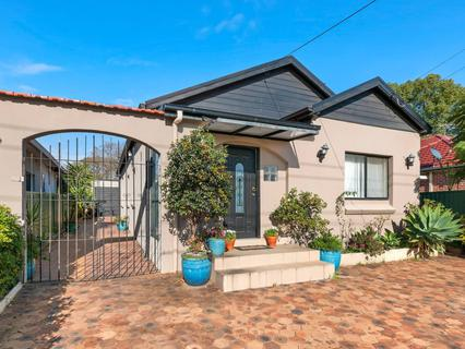 58 Oxford Street, Guildford NSW 2161-1