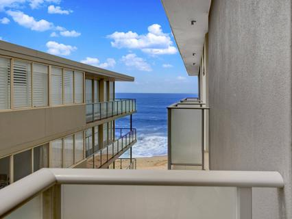 9/17 Surfview Road, Mona Vale NSW 2103-1