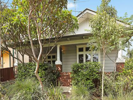 1 Aylesbury Street, Botany NSW 2019-1