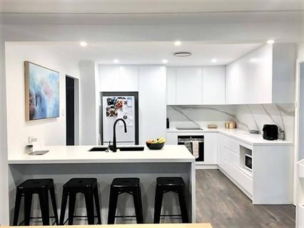 31 Runyon Avenue, Greystanes NSW 2145-1