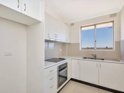 9/76 Cowper Street, Randwick NSW 2031-1