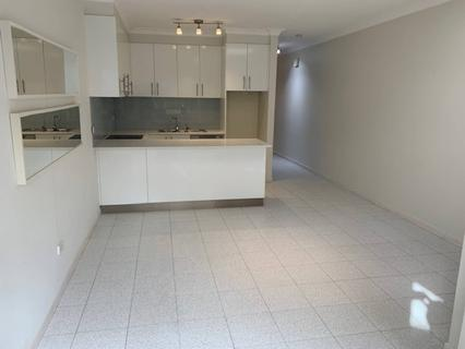 2/203 Flood Street, Leichhardt NSW 2040-1