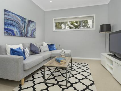 13 Kemerton Street, St Clair NSW 2759-1