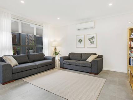 32 Barrett Street, Marsden Park NSW 2765-1